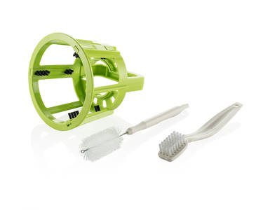 Omega MMV-702 MegaMouth vertical juicer cleaning brushes
